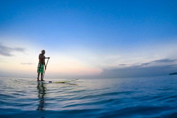 fiji-charter-paddle-board